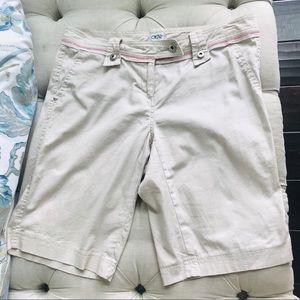 EUC  Cache Khaki designer shorts